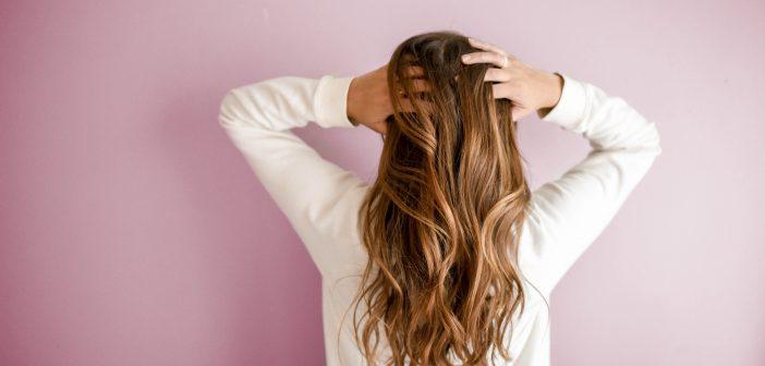 Personalitatea femeilor, în funcție de tipul de păr. Brunetele sunt mai calme, blondele sunt carieriste